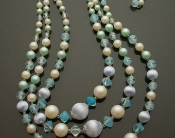 Blue & White 3 Strand Necklace 60s Mod Mad Men Made in Japan Givre Glass Beads Faux Pearls VLV Burlesque