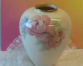 Lenox China Chatsworth Vase Medium 1980\u0027s Gorgeous Roses Free Shipping! & Lenox vase | Etsy