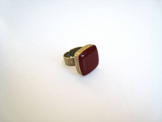 Dark red ring, bronze burgundy statement ring, garnet marsala wine red resin ring, crimson red square ring, modern minimalist jewelry