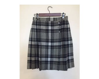 Gray Plaid Pleated Skirt