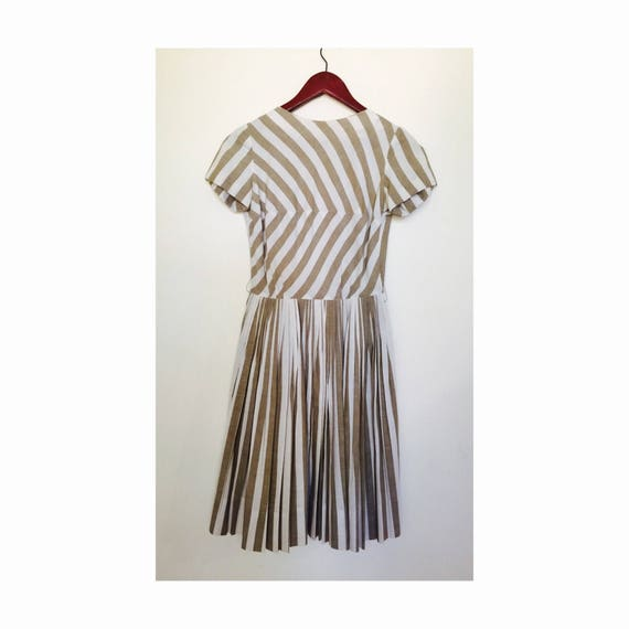 Stunning Vintage 50s Dress Taupe Striped Full Skir
