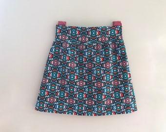 0179e796b72930 Maat 134 140 vrolijk rokje tricot happy skirt charity goed doel KWF