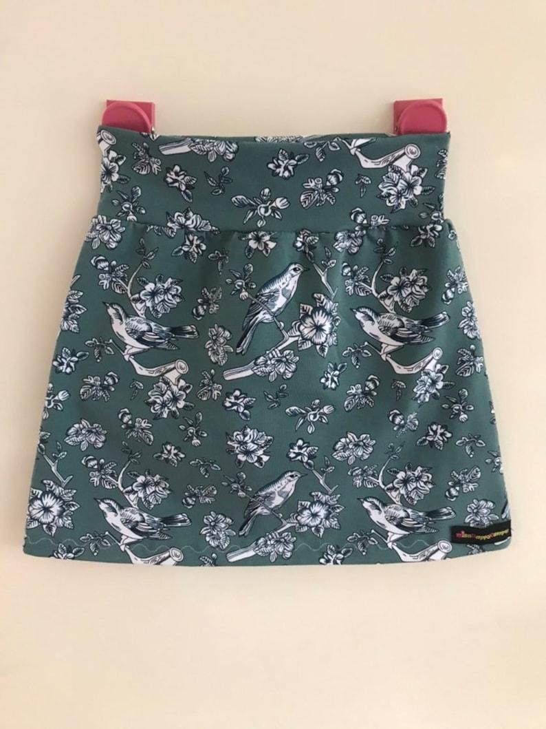 abd4c61ba9d8a1 Maat 110 116 vrolijk rokje tricot happy skirt charity goed