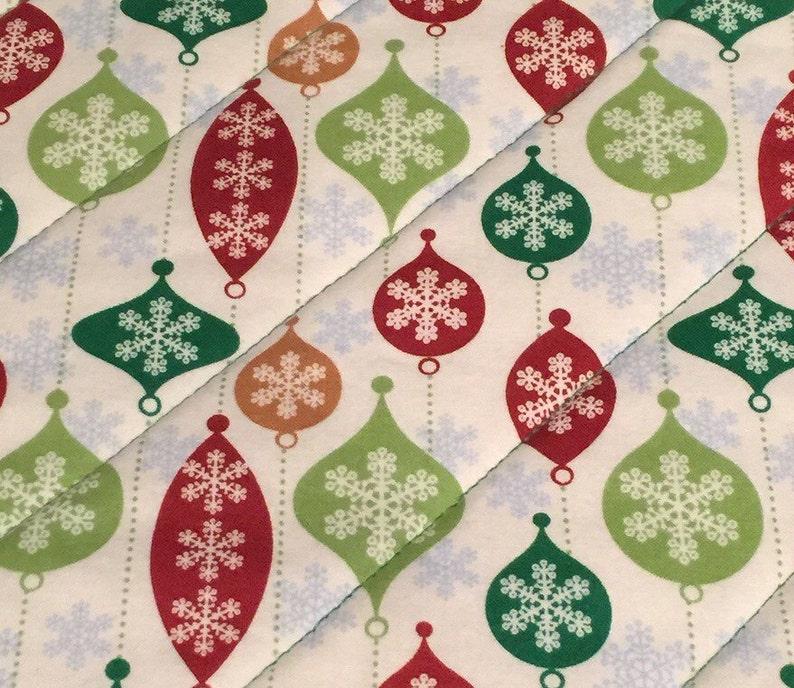 Christmas Ornament Quilted Insulated Pot Holder Set