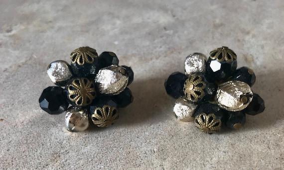 Vintage earrings, 50s Clip-on Earrings/ Western Ge