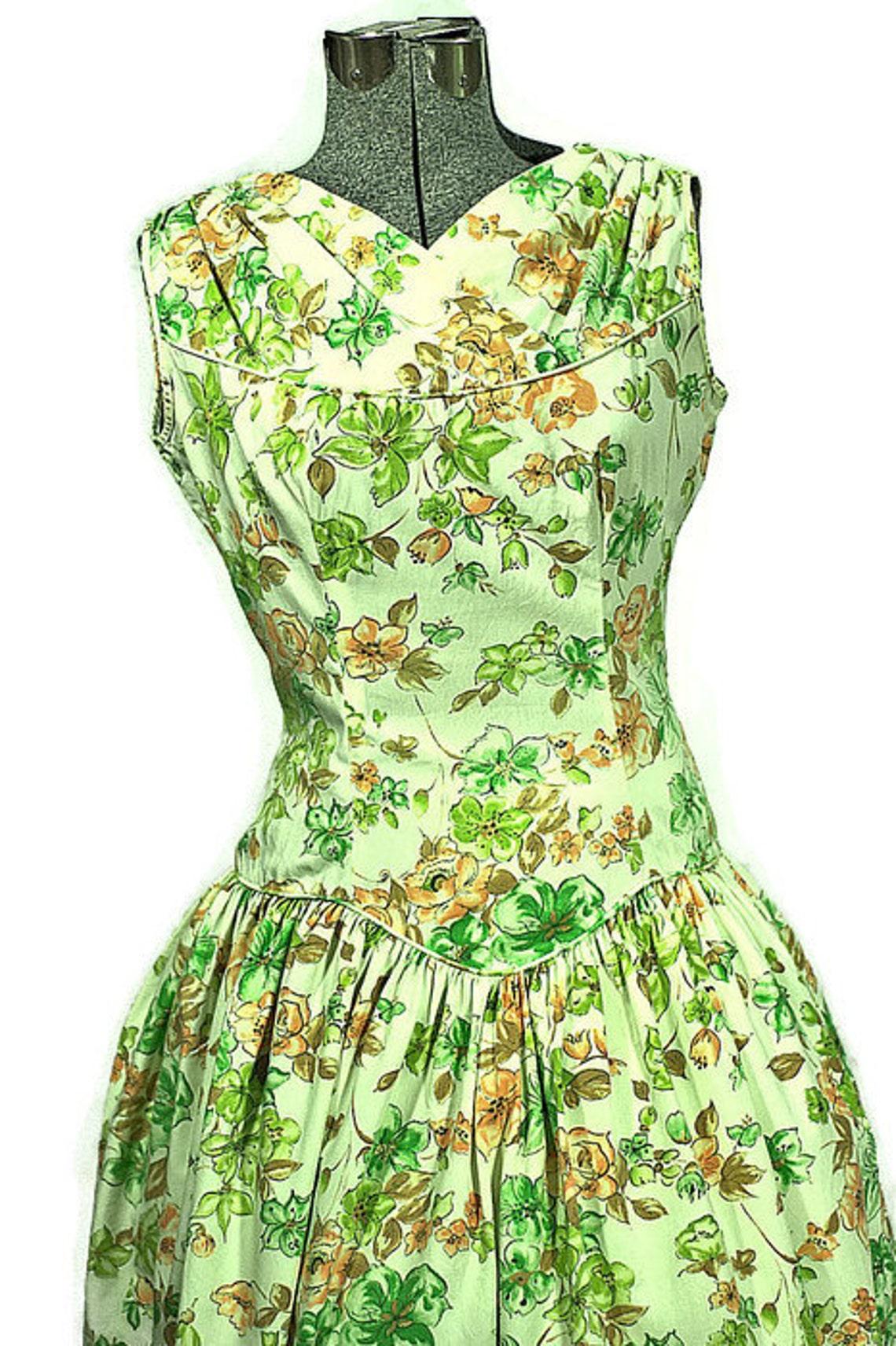 1950 Cotton Day Dress. Vintage Spring Drop Waist Cotton Dress.