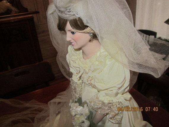 Princess Diana Wedding Doll from Danbury Mint porcelaine   Etsy