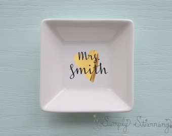 Personalized Ring Dish, wedding gift, engagement gift, Jewelry dish, bride to be.
