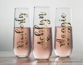 7 Personalized Champagne flutes, Bridesmaid gift, Matron of honor, wedding party, Bridal Party, Bridesmaid, Wedding, celebrate