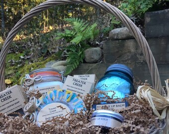 Rustic Collections Gift Basket