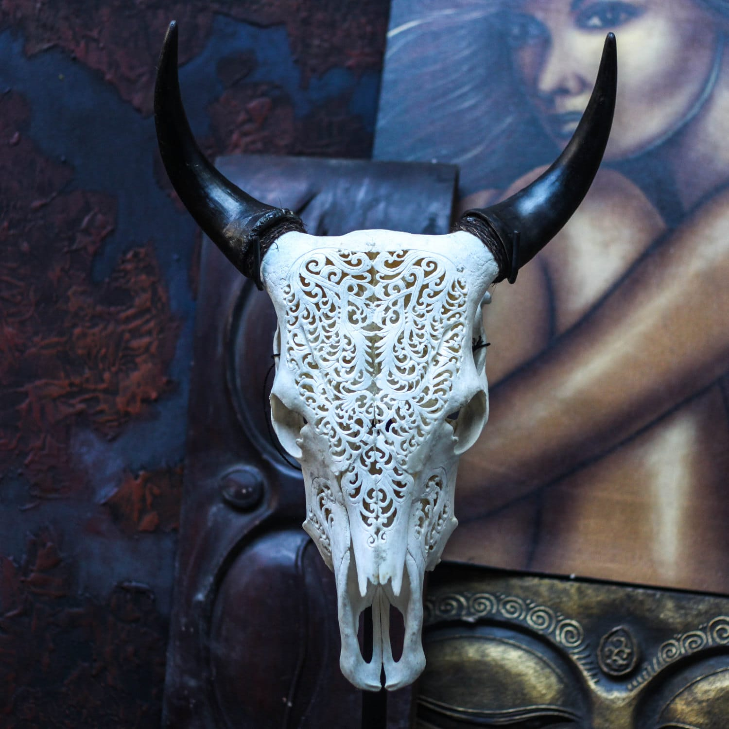 Beautiful Tribal Hand Carved Steer/ Cow Skull With Horns