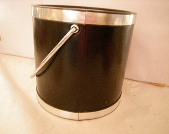 vintage ice bucket-kraftware ice bucket-black ice bucket-bar-man cave-retro