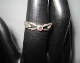 Sterling Silver Celtic Knot Ring with Amethyst