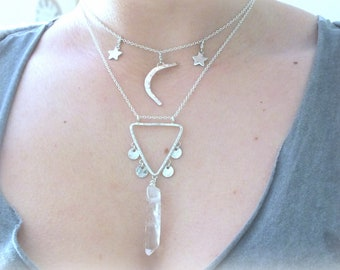 Silver Hammered Triangle Necklace, 925 Triangle Necklace, Raw Crystal Necklace, Crystal Triangle Necklace, Quartz Necklace, Boho Necklace