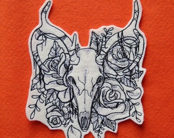 0e198f8b5 Deer Skull Embroidered Iron on Patch, Extra Large, 6