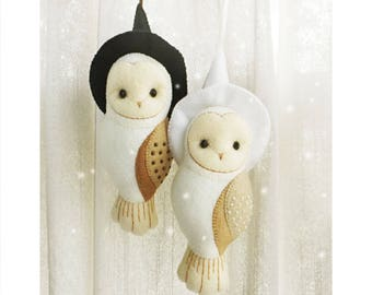 Owl Felt Ornament with Black or White Witch Hat, Halloween Decor Wall Hanging Mobile, Nursery Decor, Gift for Owl Lovers