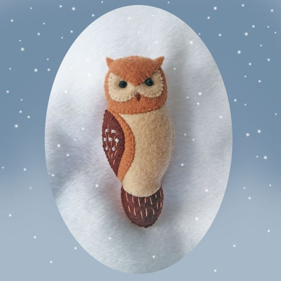Brown Horned Owl Felt Brooch, Woodland Animal Felt Jewelry, Handmade Felt Accessory with Hand Embroidery and Beads