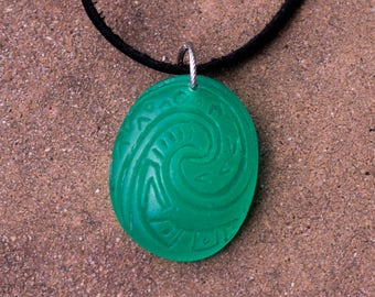 Moana- Glow in the Dark Heart of Te Fiti Necklace
