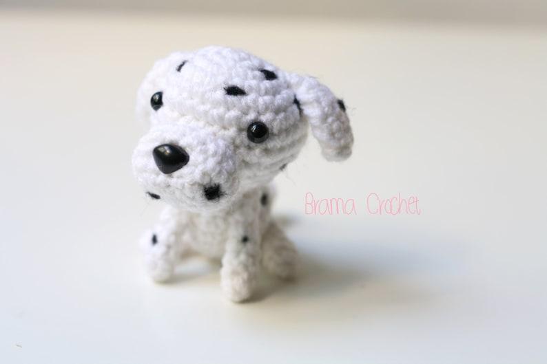 Corgi Dog Amigurumi - Free Crochet Pattern - StringyDingDing | 529x794