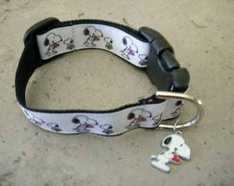 Snoopy the Beagle & his friend sharing the love adjustable dog collar Snoopy heart bling charm