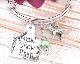 Proud Show Mom Cattle Tag Lamb Ear Rancher Wife Mom Mother Momma Mother's Day Gift Personalized Ag Fair Livestock Showing For Her Bracelet