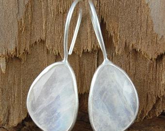 Sterling Silver Drop Earrings, Moonstone Dangly Earrings, Silver Gemstone Earrings, Moonstone Drops, Birthstone Earrings,925 Silver Earrings