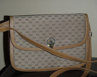 bb85cded4382a7 Vintage GUCCI convertible clutch crossbody bag beige tan one of a kind