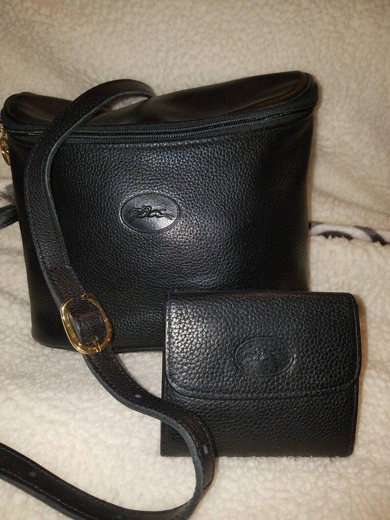 b3be552fc4aa 2 Vintage Longchamp bag crossbody messenger and wallet black