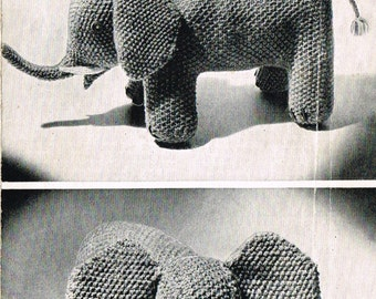 Jumbo Elephant toy knitting pattern. Vintage copy. PDF Instant download.