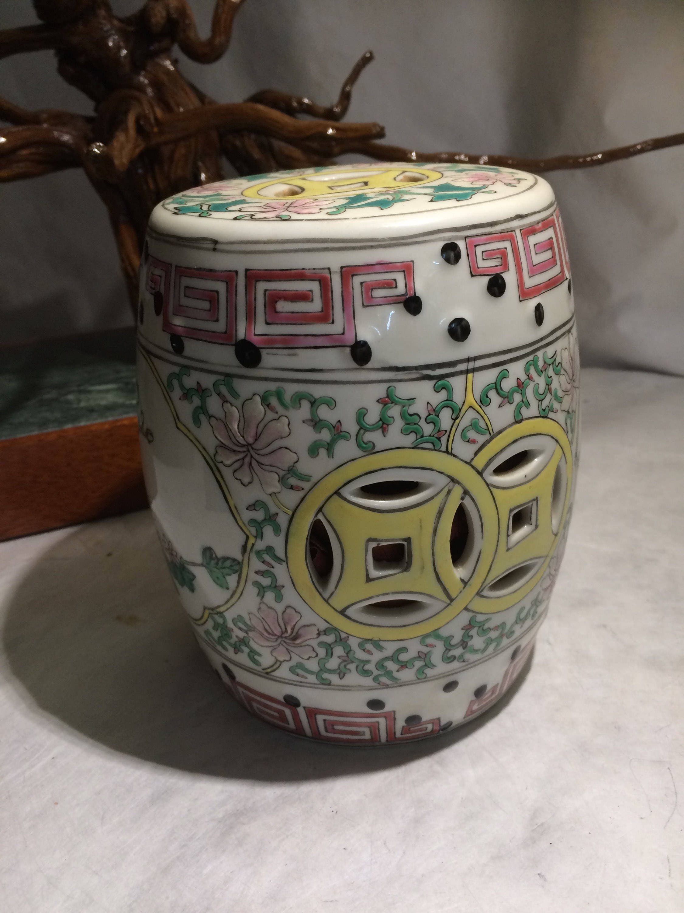 Wondrous Oriental Flower Themed Stool Design Ceramic Potpourri Holder Painted Potpourri Ginger Jar Oriental Garden Stool Design Theyellowbook Wood Chair Design Ideas Theyellowbookinfo