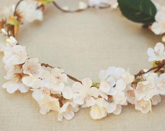 THE JUNO - Bridal White Flower Crown Floral Wreath Woodland Rustic Circlet Bride Spring Wedding Romantic Elegant Flower Girl Midsummer