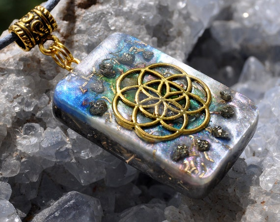 Seed of Life Orgonite® orgone Pendant with raw Pyrite clusters  - FREE Shipping !