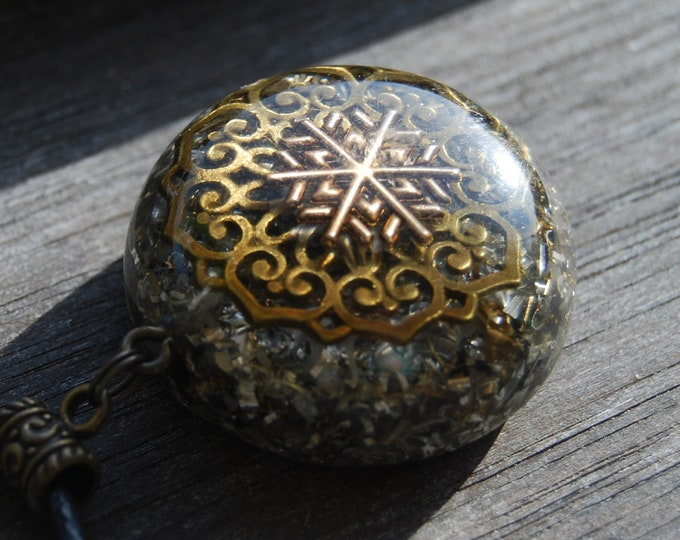 Orgonite® Necklace 3D Mandala