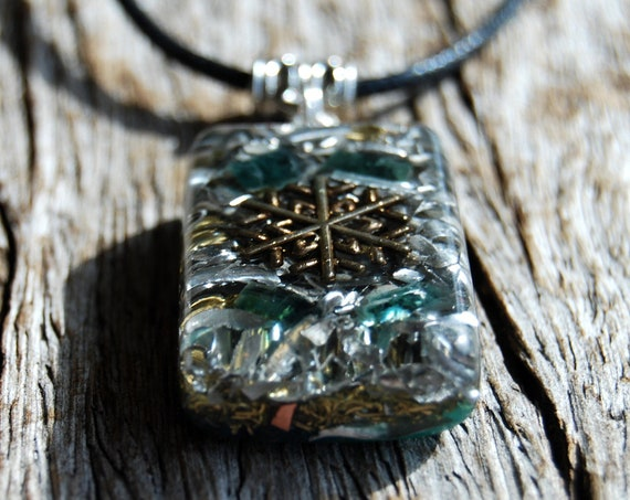 Blue Tourmaline Orgonite® Men's Pendant Necklace, Raw Indicolite Crystals - FRee SHipping !