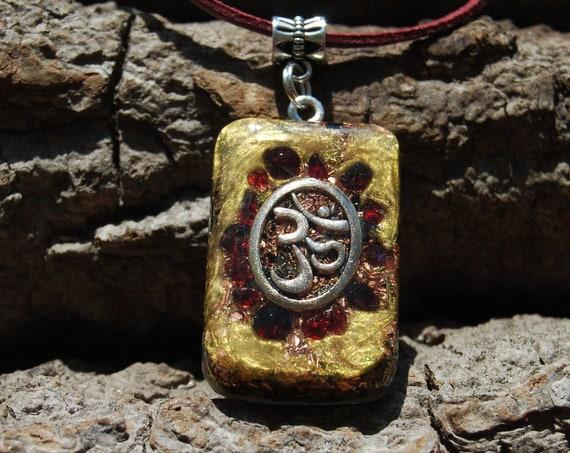 Garnet with AUM Orgonite® pendant, Unisex