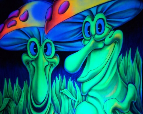 AIRBRUSH UV Mushroom Friends - FREE Shipping !