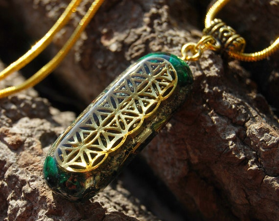 Raw Velvet Malachite Orgonite® Necklace, with FLower of Life pattern  - Oblong Shaped  -  FREE Shipping !