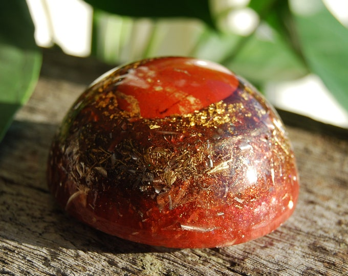 Orgone Generator® LARGE Dome with Red Jasper Orgonite®