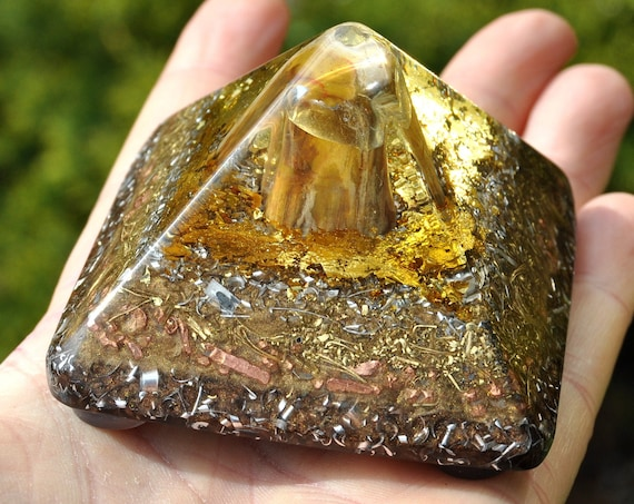 147 gram EMF Protection Orgonite® Pyramid with Petrified Wood and 24K Gold - Free Shipping !