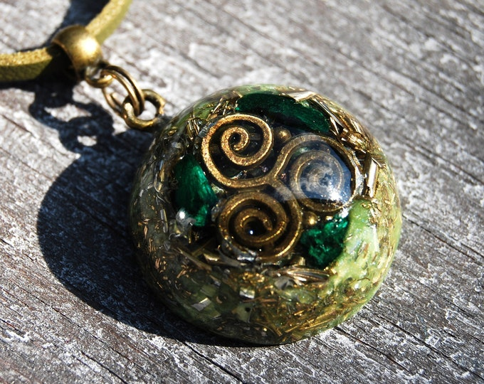 Raw Malachite Triskelion Orgone Orgonite® Pendant Small