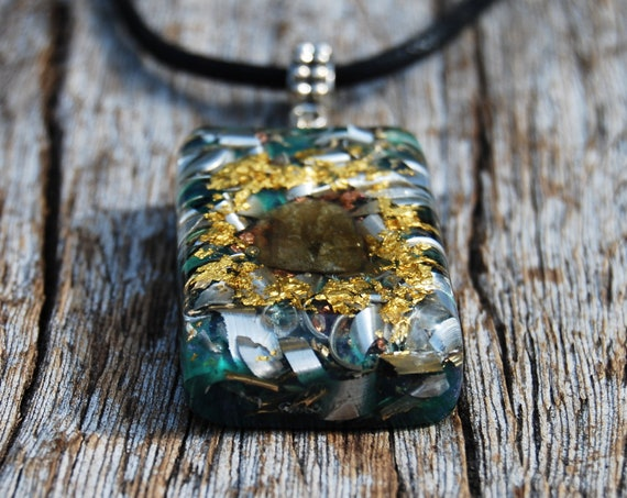 Orgonite® Men's Necklace with Labradorite, 24K Gold, Orgone Pendant