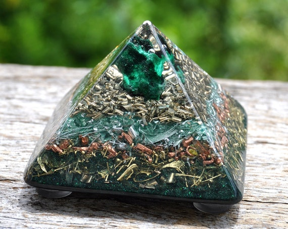 Silky Malachite Orgonite® Protection Pyramid Giza - FREE Delivery