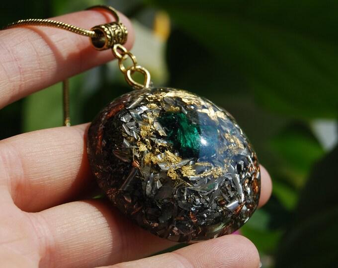 Silky Malachite Crystal Orgonite® Large Pendant Necklace Unisex - FREE Shipping !