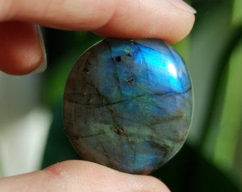 Blue Flash Labradorite stone Madagascar