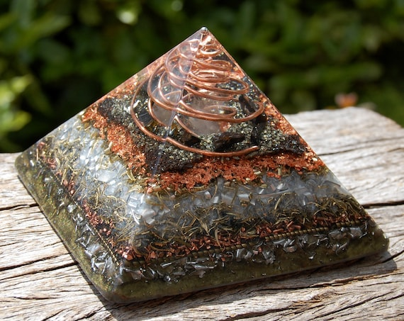 Orgonite® Pyramid Giza with Elite Shungite, Pyrite and Hematite 683 grams, 24.09 Oz LARGE