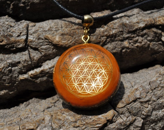 CARNELIAN AGATE Orgonite® with FLower of Life - Unisex