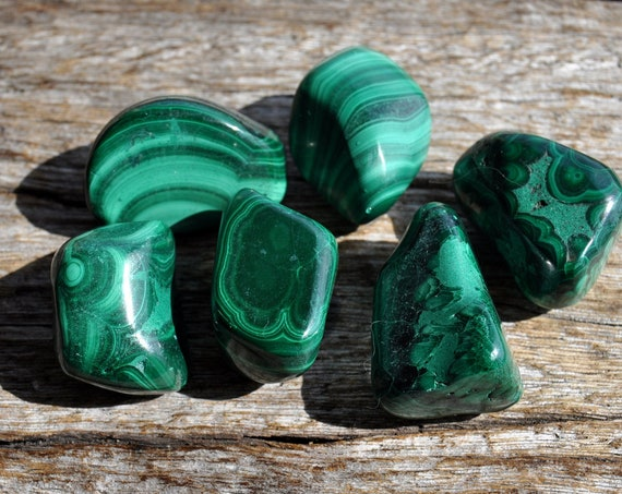 3 cm Tumbled Malachite from Congo