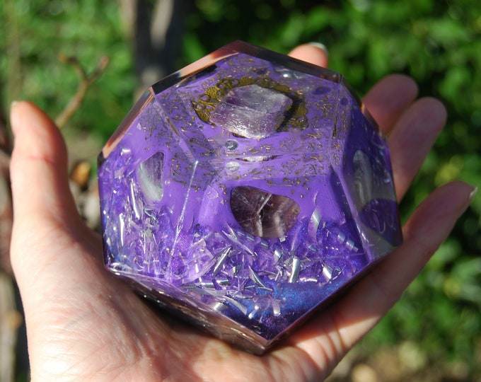 Orgonite® Dodecahedron with Amethyst - Violet Flame - lot of Metal Shavings
