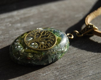 Tree of Life Orgonite® Orgone Pendant green Tourmaline