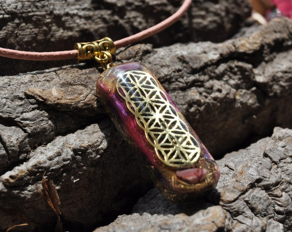 Mookaite Jasper Orgonite® Necklace, with FLower of Life pattern   -  FREE Shipping !